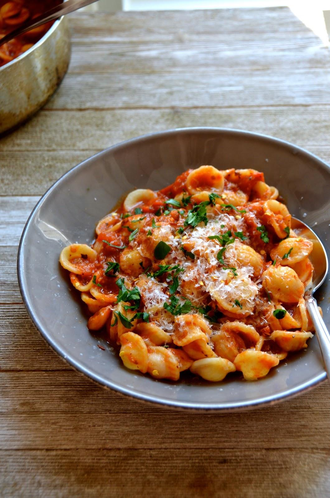 pasta arrabiata always order dessert