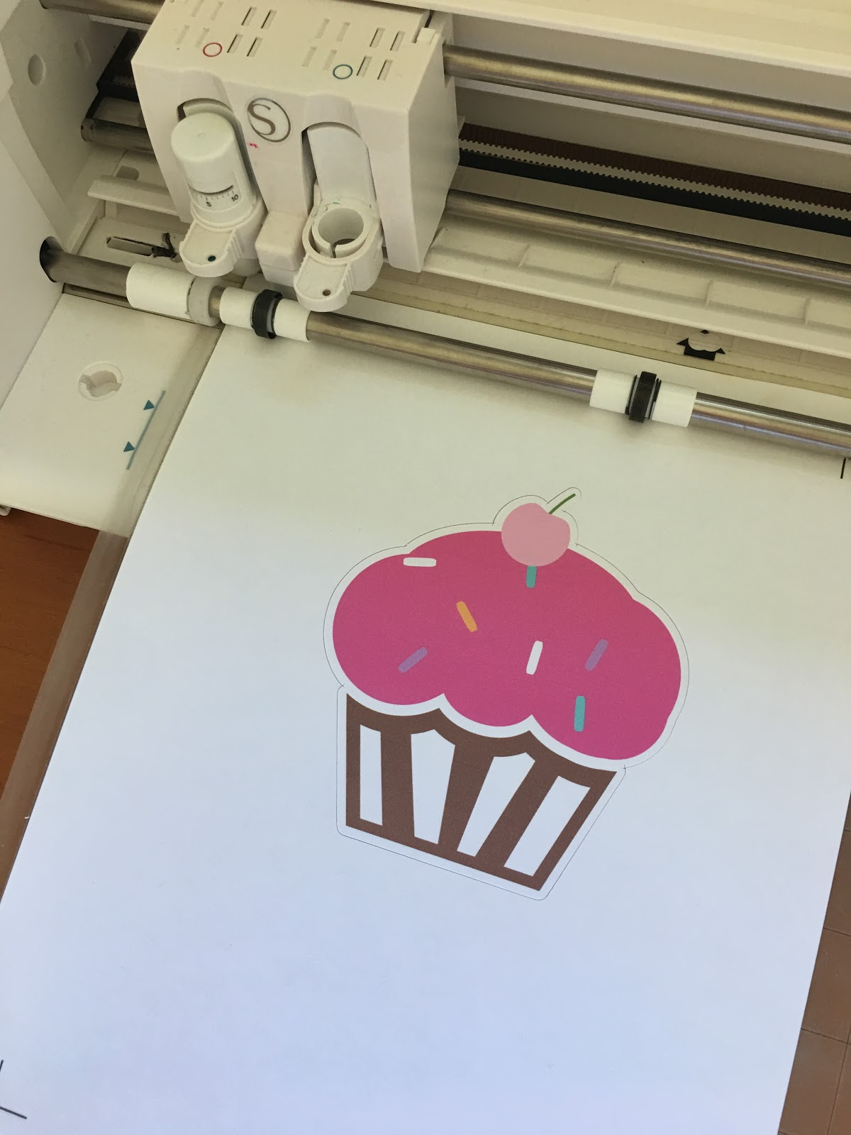 Beginner Silhouette Print And Cut Tutorial For V4 (Free