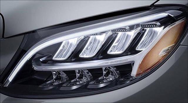 Đèn trước Mercedes C200 2019
