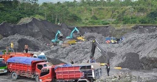 Keselamatan Lingkungan Sumbar Pertimbangkan Moratorium Perizinan Bahan Galian C