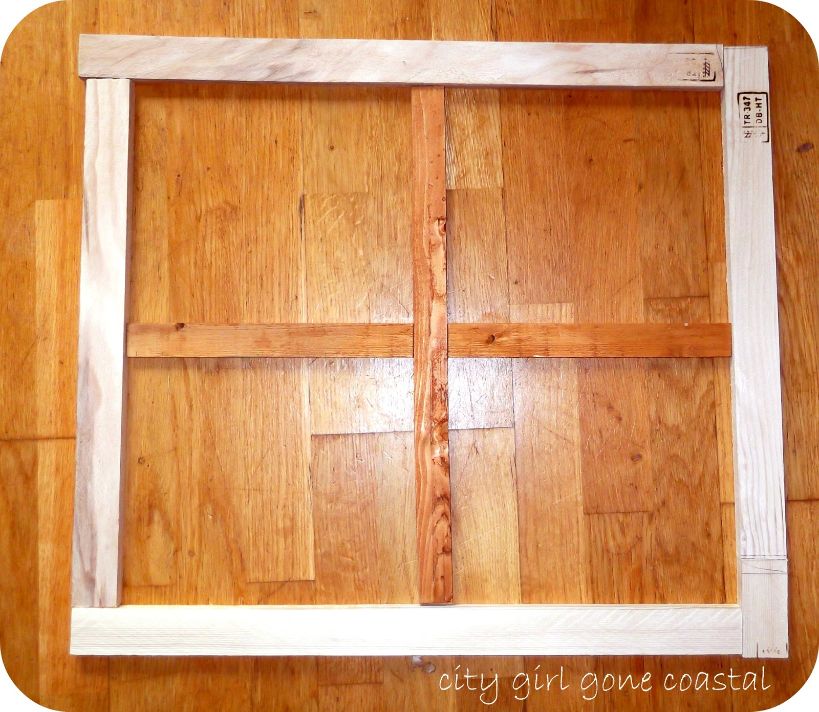 Window Frame Refashion, DIY