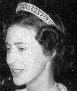 Queen Mary United Kingdom Diamond Lonzenge Bandeau Tiara Princess Margaret