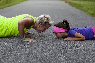 treningi zdrowotne, fitness, Siła Wieku, osoby dojrzałe, ćwiczenia, seniorzy, piękna skóra, młody wygląd, sprawność fizyczna, zgrabne ciało, smukła sylwetka