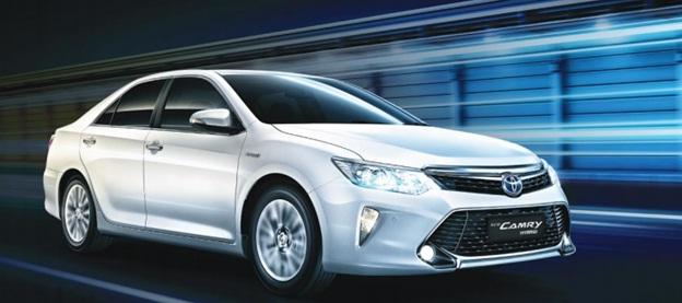 Toyota Hybrid Camry Terbaru: Sedan Berkelas & Modern