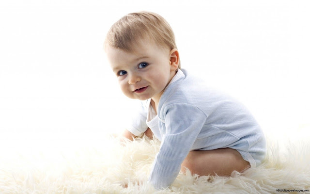 Phấn em bé Johnson's Baby: Giúp bé mỉm cười suốt cả ngày!
