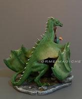 statuette fantasy su richiesta drago regalo speciale collezionista draghi orme magiche