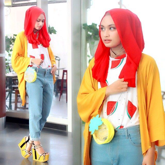 Model Pakaian Muslim Casual. Salah satu jenis pakaian muslim yang sangat  populer di Indonesia dan memiliki banyak penggemar adalah Pakaian Muslim  Casual. 100f7a7504