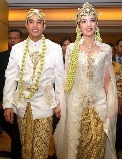 Contoh Gambar Dan Foto Model Kebaya Pengantin Pernikahan Artis Nia Ramadhani Khas Adat Sunda Modern Terbaru e1423118763957