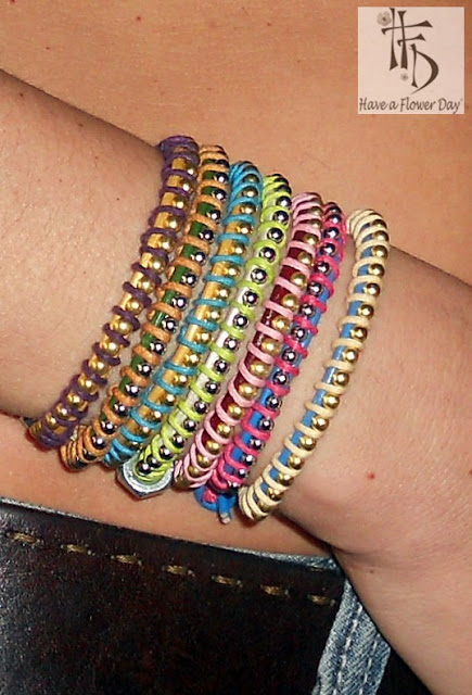 BiLLES. Pulseras con bolitas, cuero y cordón / Bracelets with small balls, leather and cord