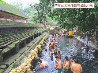 Tempat Wisata Pura Tirta Empul Gianyar Bali