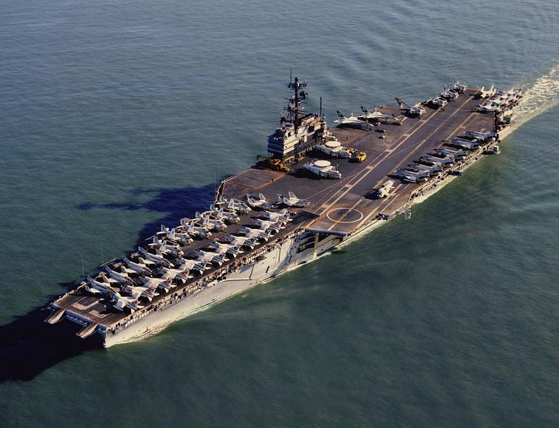 美海軍1分錢賣掉7.8萬噸退役航母 薩拉托加號變廢鐵 @ Oolxiang烏龍鄉(國防科技)網 :: 痞客邦