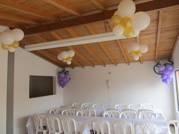 Decoracion primera comunion recreacionistas medellin y for Fiestas comunion decoracion