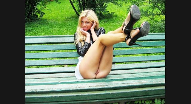 Девушки потеряли трусики www.EROTICAXXX.ru эротика с девушками без трусов (18+ ЭРО: забыла надеть трусы)