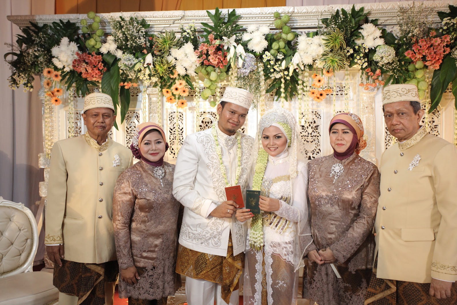 Gaun Pengantin Orang Tua Inspirasi Pernikahan