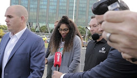 Newly Engaged Serena Williams Touches Down New Zealand