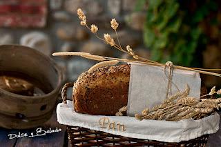 Pan de Molde Integral de Espelta y Semillas