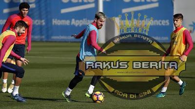 Di Kala Messi Sedang Latihan Dengan Kawan-Kawan Tanpa Suarez Dan Neymar
