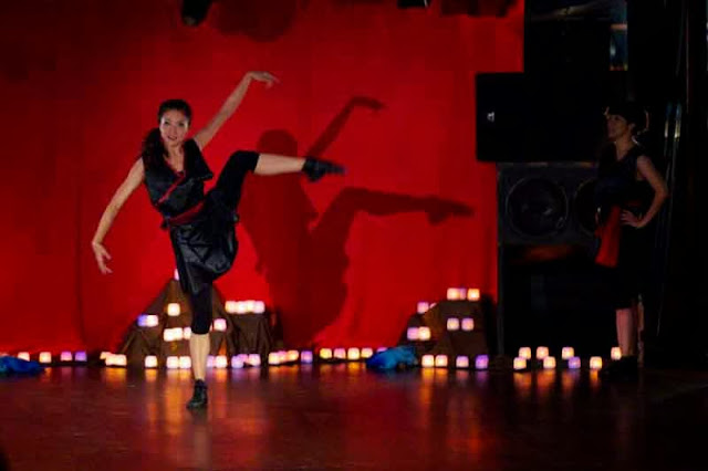 ballet on stage with candlelight
