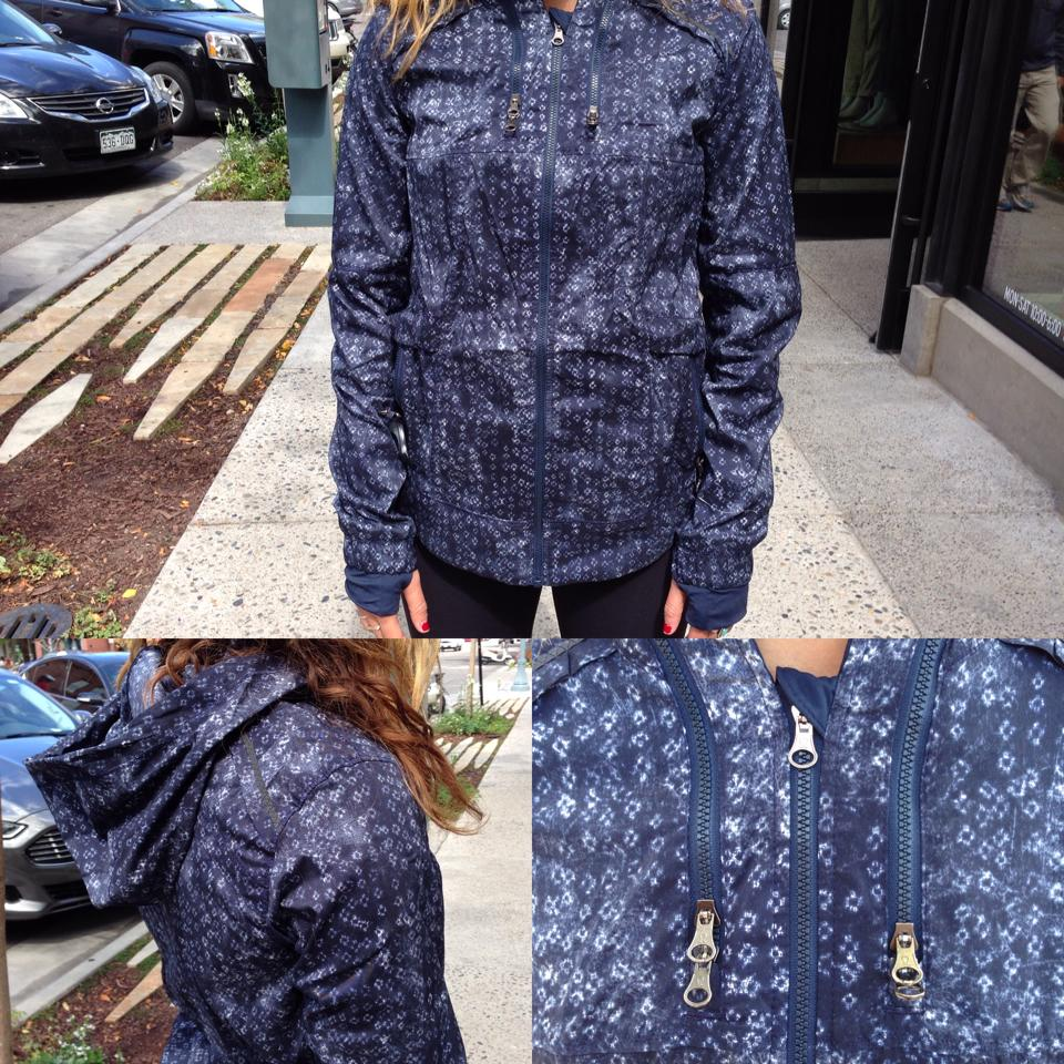 lululemon spring forward jacket