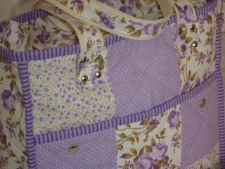 Tecido Floral Lilás