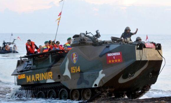 LVTP-7 Korps Marinir TNI AL
