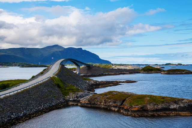 Atlantic Ocean Road  Norveç