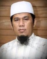 adalah mantan Ketua Panitia Reuni Akbar Mujahid  Profil Ustadz Bernard Abdul Jabbar - Mantan Misionaris Yang Masuk Islam