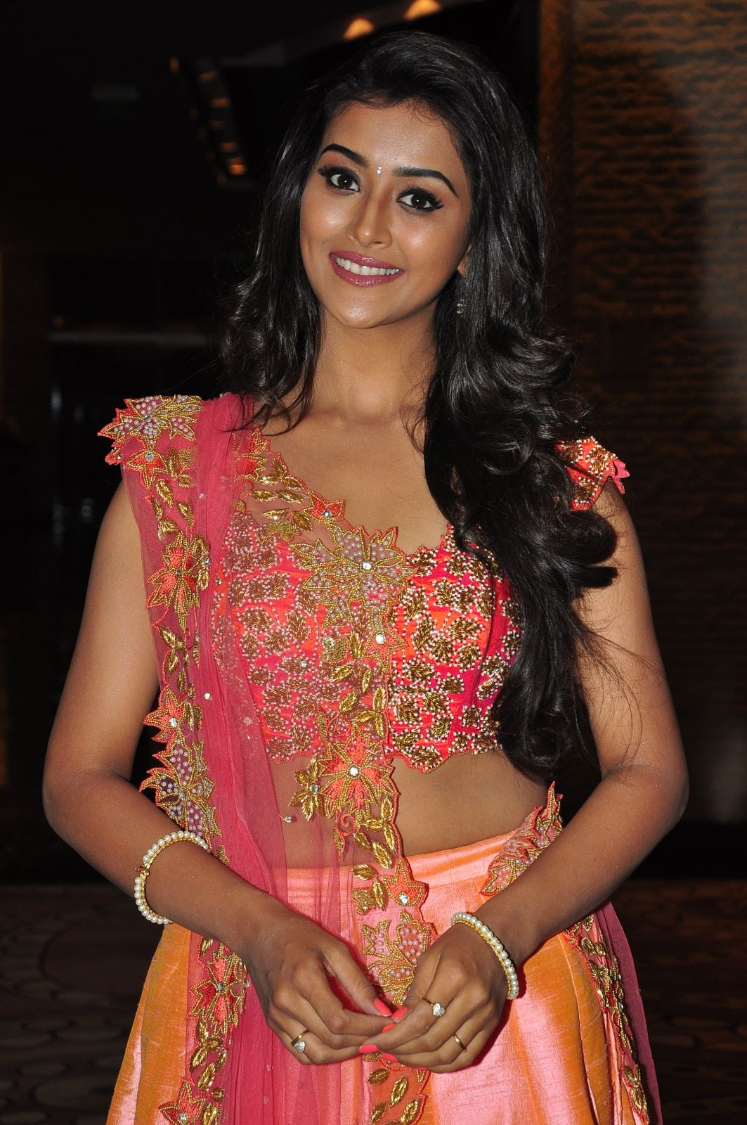 Pooja Jhaveri Hot Photos In Pink Dress