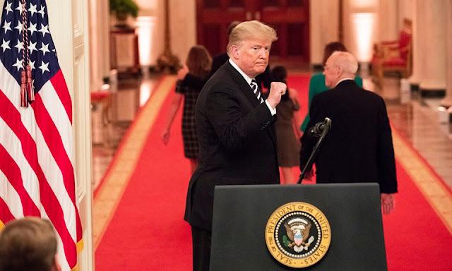 TT Trump nhất quyết không chừa đường để Tập Cận Bình giữ thể diện
