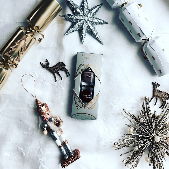 christmas gift guide, stocking filler ideas, what to buy for her, beauty blogger, beauty must haves, what to get for christmas, affordable christmas gifts
