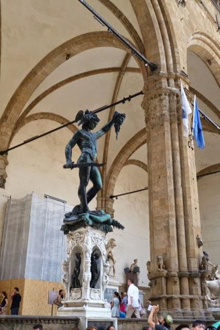 P1070339 - Vale a pena pegar uma guia que fale português em Florença?