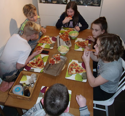 pizza party for 11 year olds