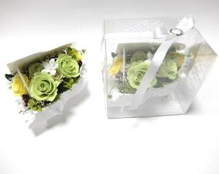 結婚式の贈呈花にピアノアレンジ