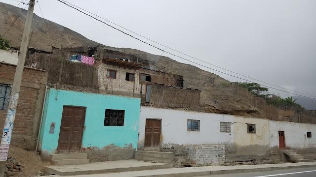 Como viajar para o destino aventura de Lunahuana no Perú rafting trip