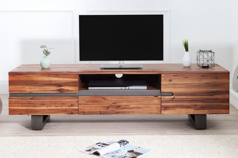 ada909441 moderný nábytok Reaction, nábytok z masívu, nábytok z masívu a kovu.  Dizajnový TV stolík ...