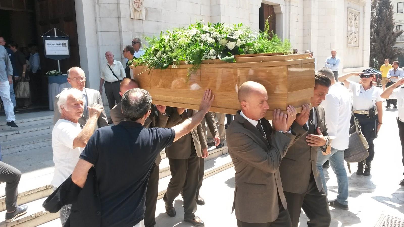CENTROABRUZZONEWS: CATTEDRALE DI S  CETTEO GREMITA PER L