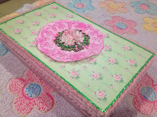 Organdy Flowers: Box made on order!!