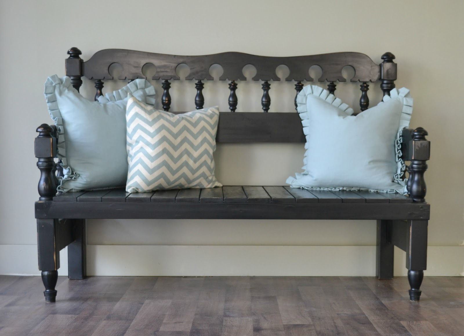 Funky Junk: Headboard - Footboard BENCH