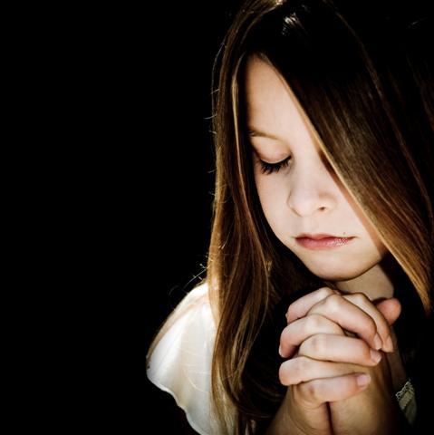 64 Berdoa Sambil Menangis Kartun Terlengkap Cikimm Com