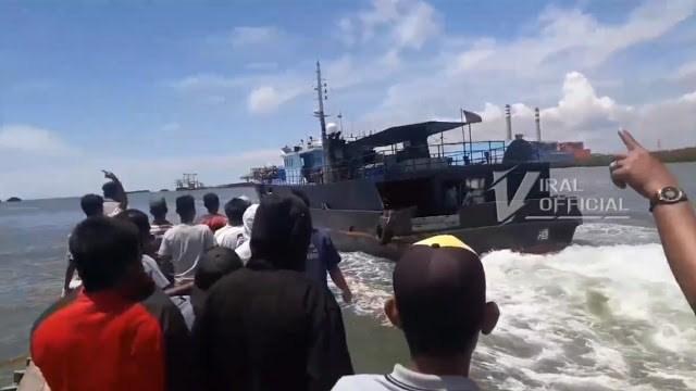 Nelayan Usir Kapal Berisi TKA Cina di Perairan Pangkalansusu Langkat