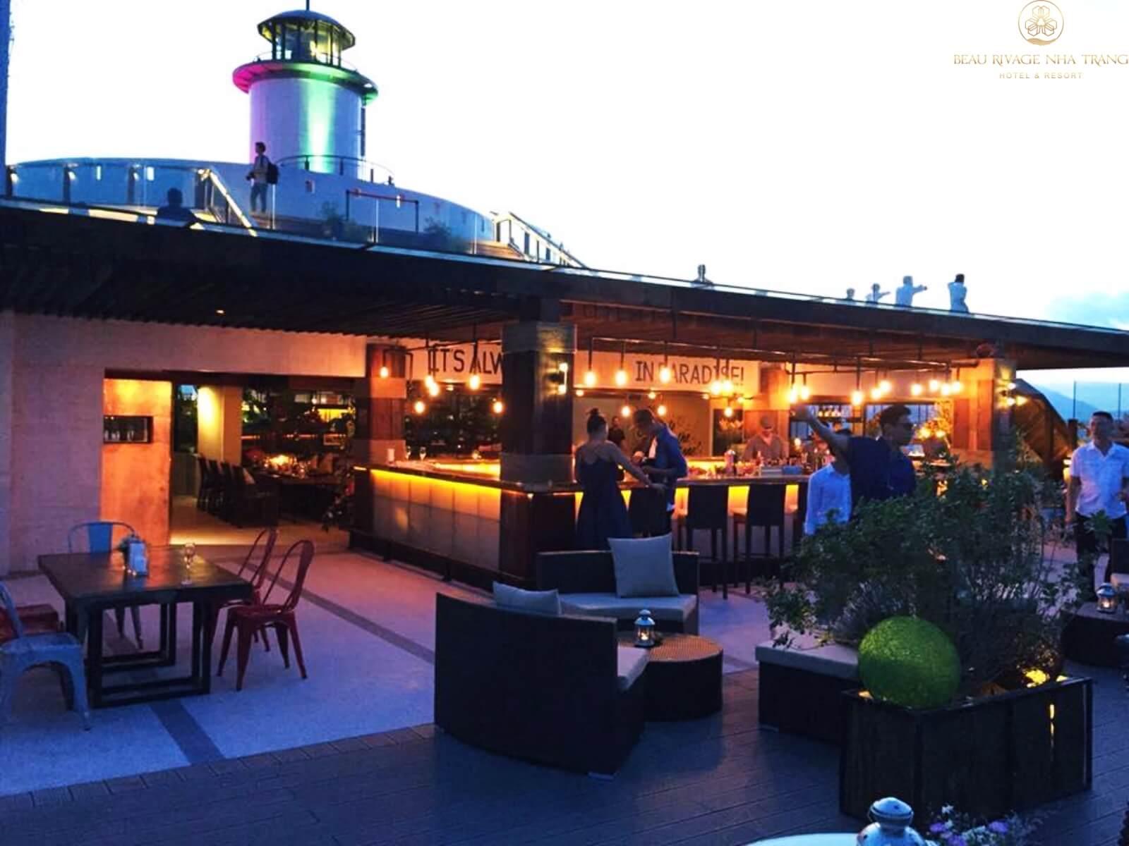 Quán Bar giải trí về đêm