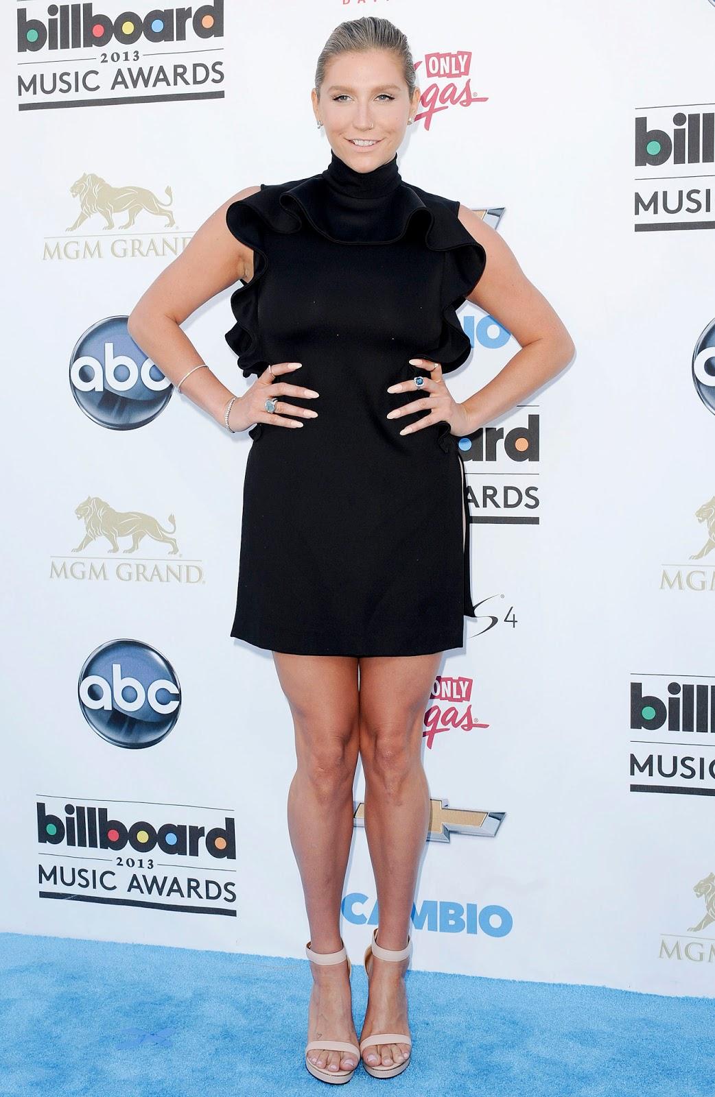 Billboard Music Awards 2016 The Best Hair And Makeup: Kesha - 2013 Billboard Music Awards