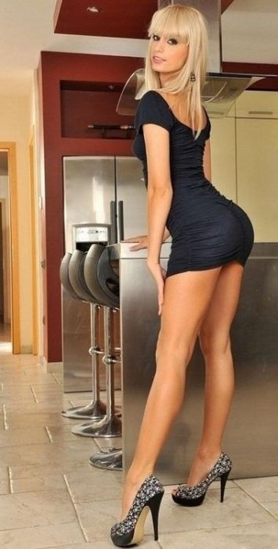 Pic Blonde Tight Black Dress 113