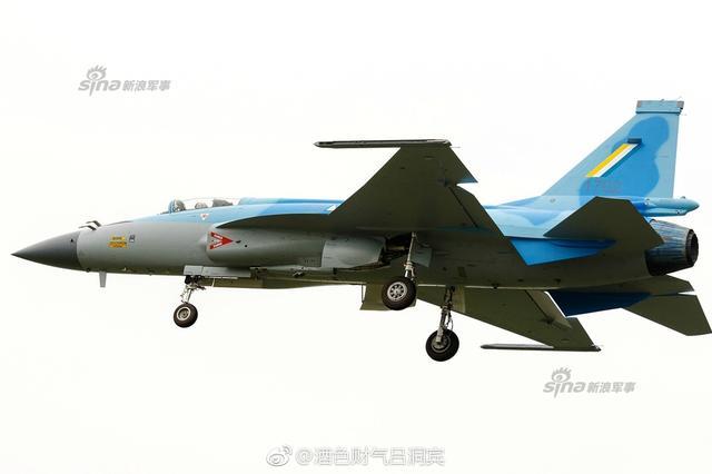 اول مقاتله مخصصه للتصدير الى ميانمار نوع FC-1/JF-17 تمت مشاهدتها في الصين  Chinese%2Bmade%2BMyanmar%2Bjf-17%2Bfighters%2B3