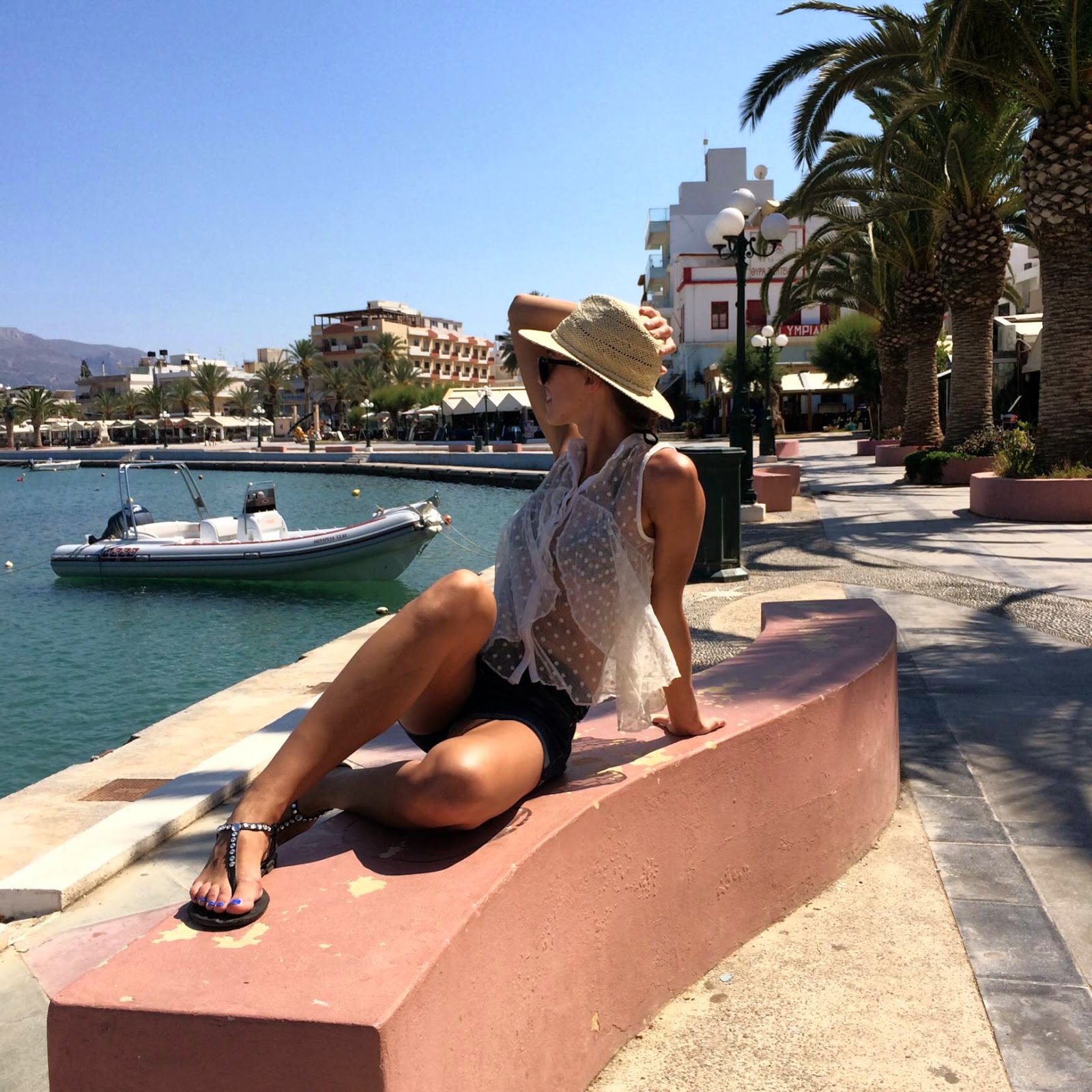 sitia-crete-boat-outfit