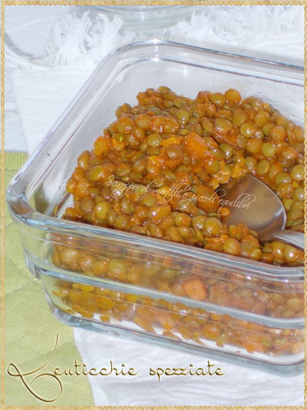 Lenticchie con curcuma, semi di cumino e semi di coriandolo