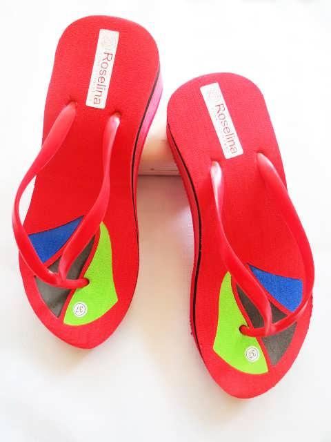 Sandal Wedges RSL Motif BJG   Model Sandal Unik dan Kenikian