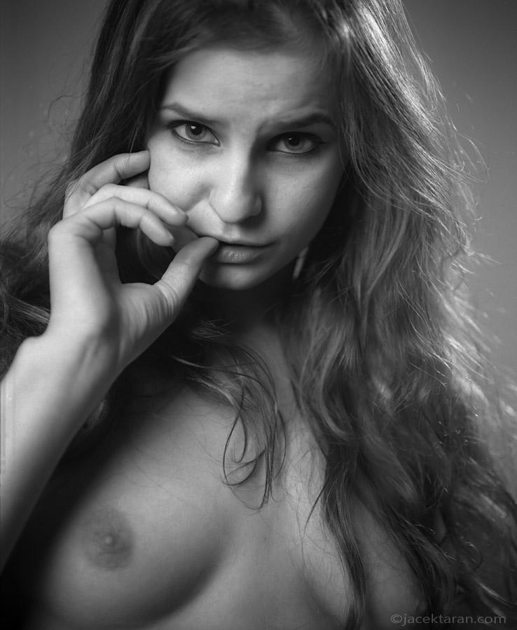 portret kobiety, akt, fotografia analgowa, fotografia aktu krakow, jacek taran, fotografia artystyczna