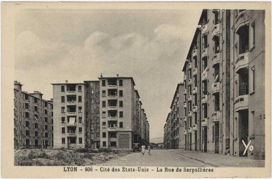 Cité des Etats-Unis, rue de Serpollières, vers 1930
