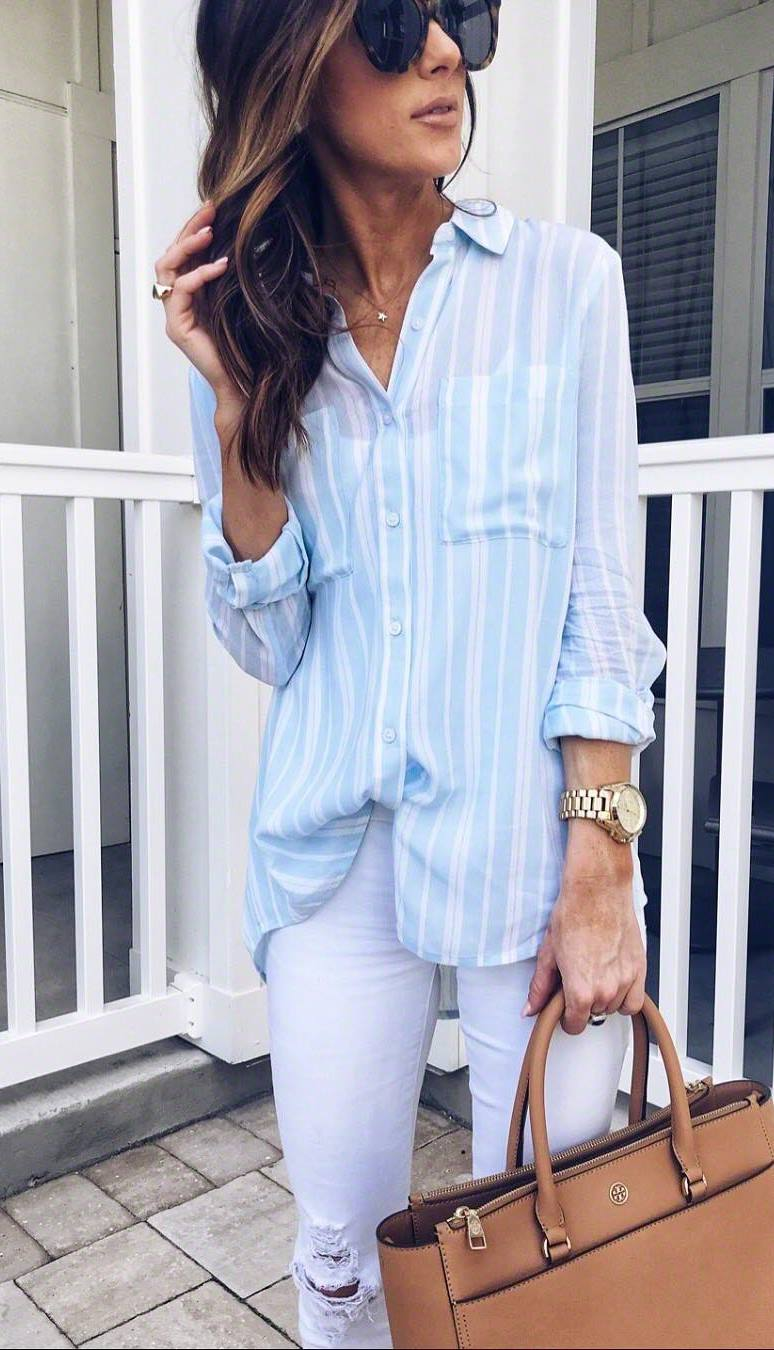 simple outfit idea / striped shirt + white skinnies + browm handbag